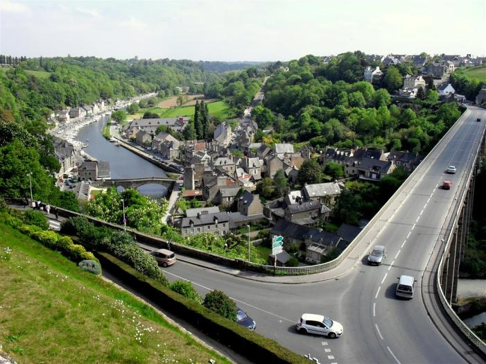Dinan bridge 1 (Large)